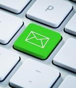 电商在节假日利用群发邮件赢下客户